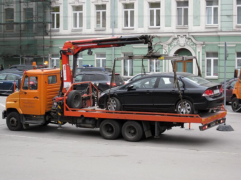 Правила эвакуации автомобилей: что должен знать водитель